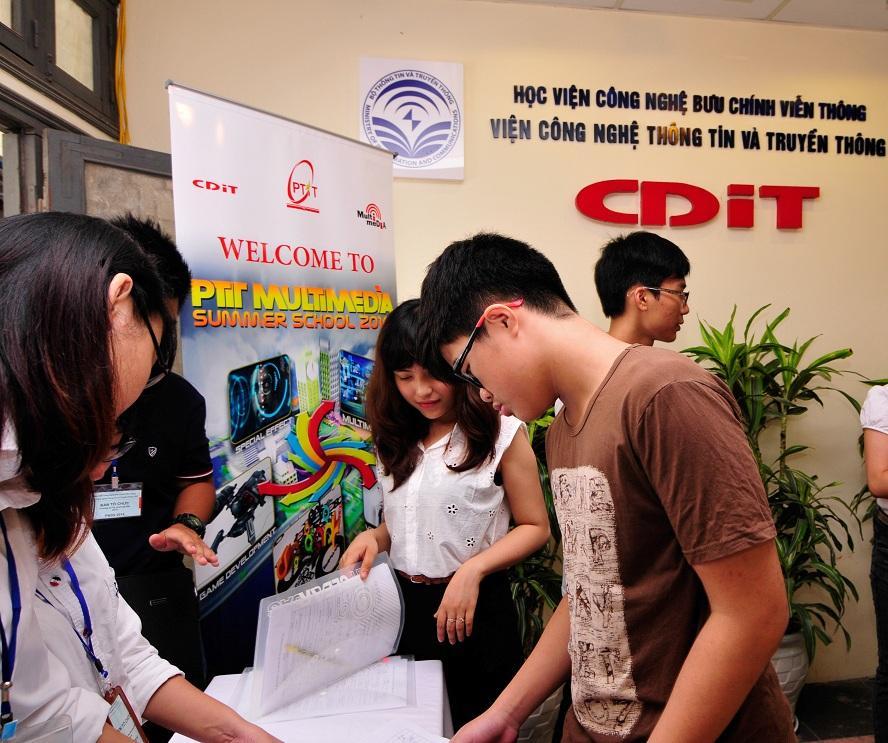 Học viện Công nghệ Bưu chính Viễn thông khai giảng trường hè Đa phương tiện PMSS 2015