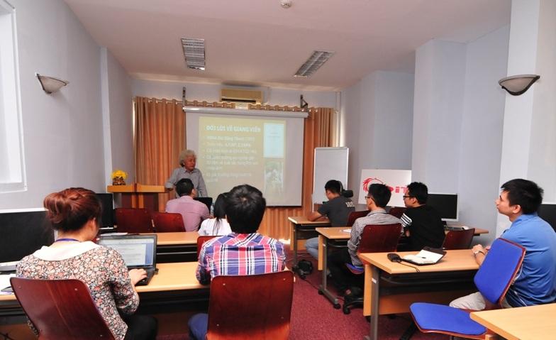 """CDIT khai giảng khóa học """"Nhiếp ảnh cơ bản"""" đầu tiên"""