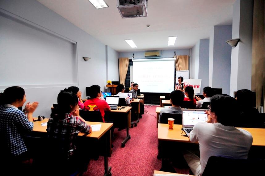 """Khai giảng khóa học kiểm thử phần mềm trên Mobile- """"Mobile Testing"""" đầu tiên"""